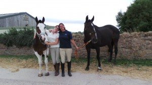 ...smiley horses and humans after a hack :)